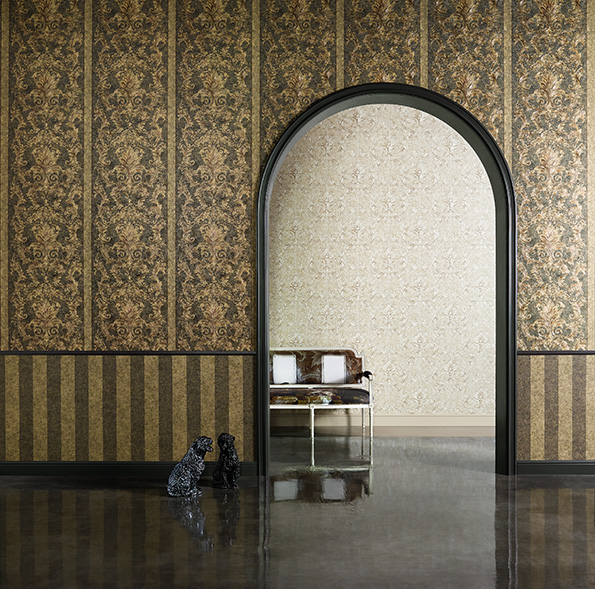 Interior View  Of The Wallpaper Collection Versace Home  A S Creation Tapeten